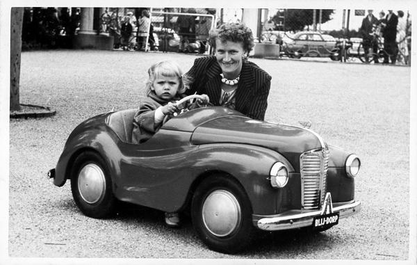 Tineke Speksnijder met haar moeder