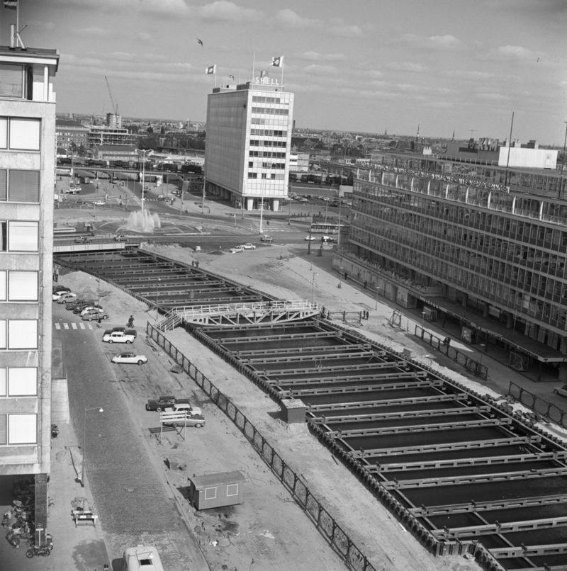 Aanleg metro Coolsingel, bij Hofplein en Meent (1961)